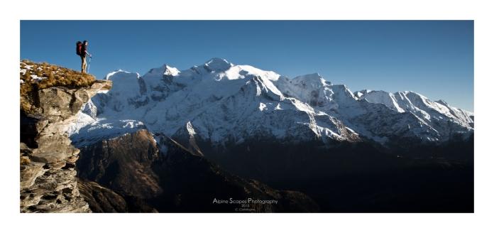 Vue sur le massif du Mont Blanc depuis les crêtes du Derochoir