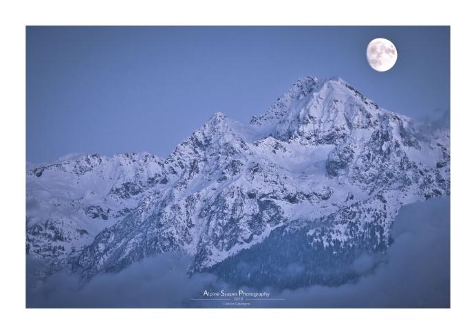 Lever de lune au-dessus de la Grande Lance de Domène (Focale : 300mm, ISO : 200, Pose : 1/60s, Ouverture : f/8)